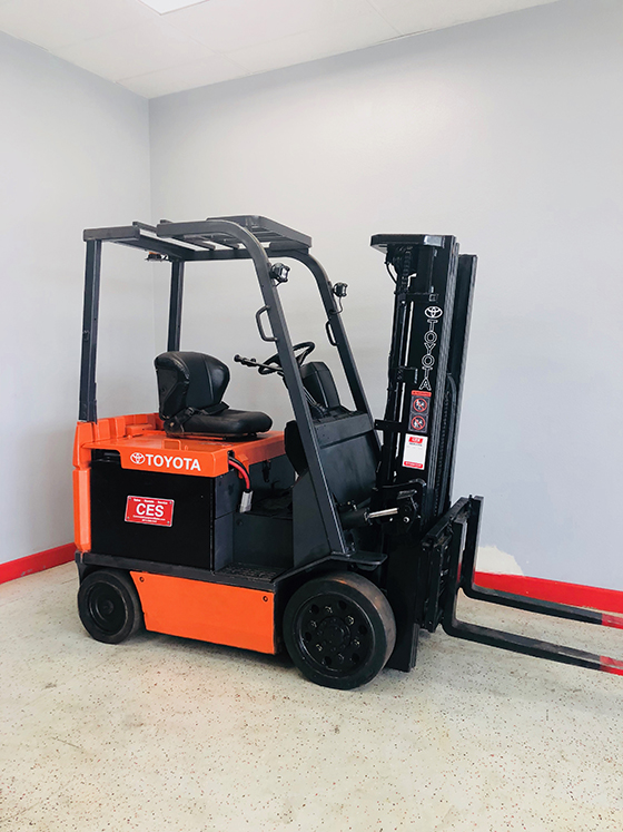 CES-20821-Toyota-7FBCU25-Electric-Forklift-Orig