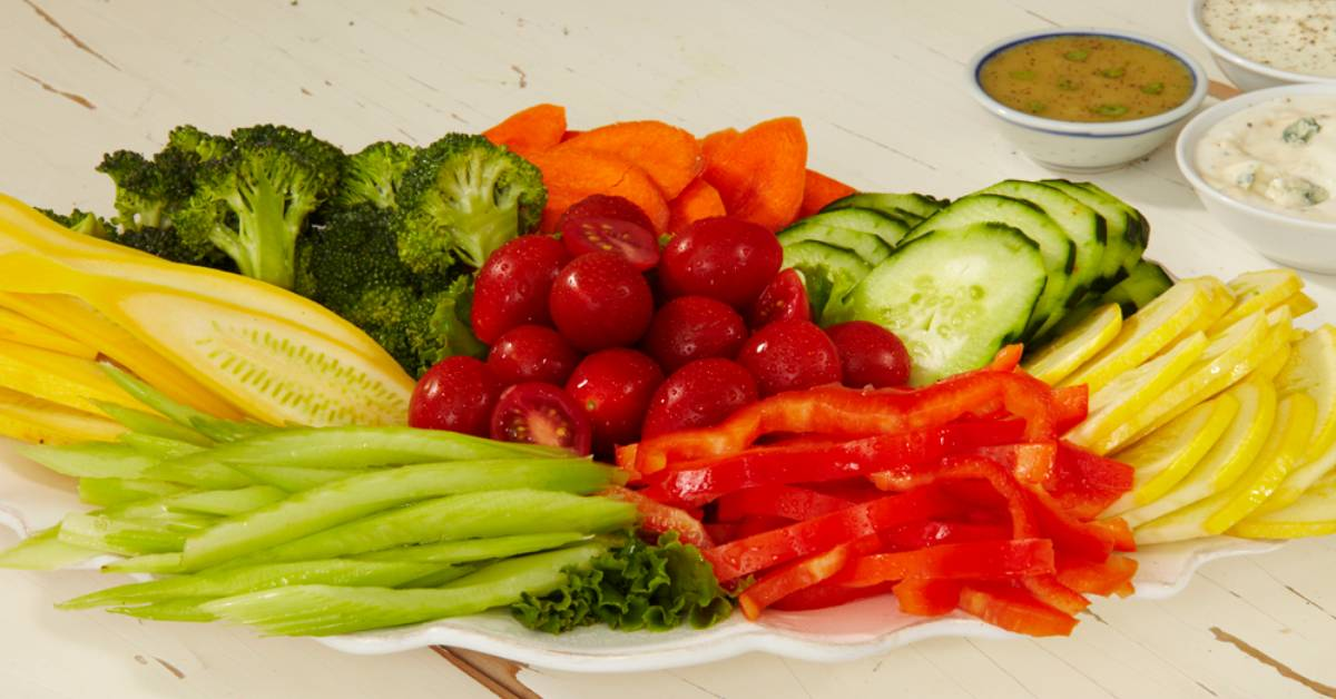 image of a colorful veggie tray