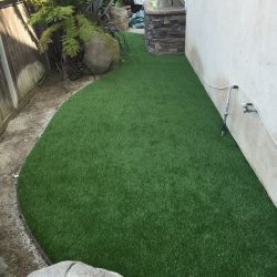 Artificial Grass Along Side of Home - Five Star Turf Commercial