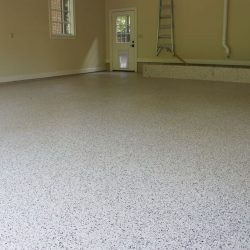 Epoxy garage floor with white and grey flakes