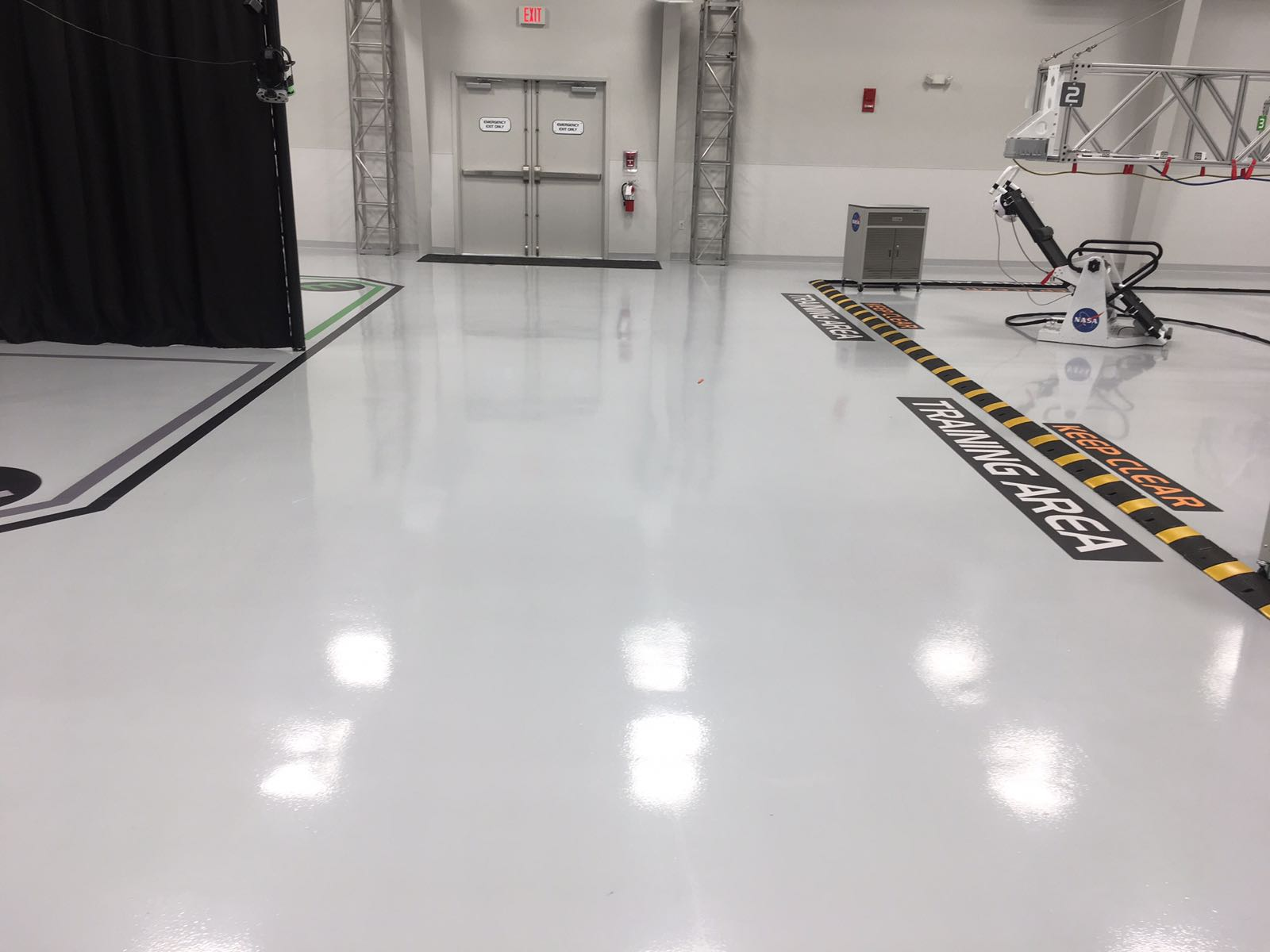 Chemical Resistant Epoxy Flooring 856 455 6777 Floor Skinz