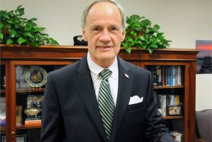 Sen Tom Carper