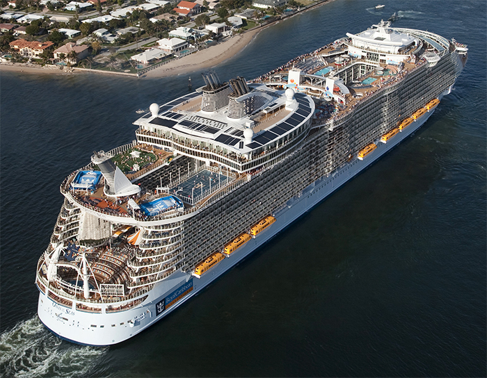 the future of cruise industry Despite several high-profile setbacks over the previous two years, the cruise industry continues to sail toward a brighter future with 2014 looking to be yet another.