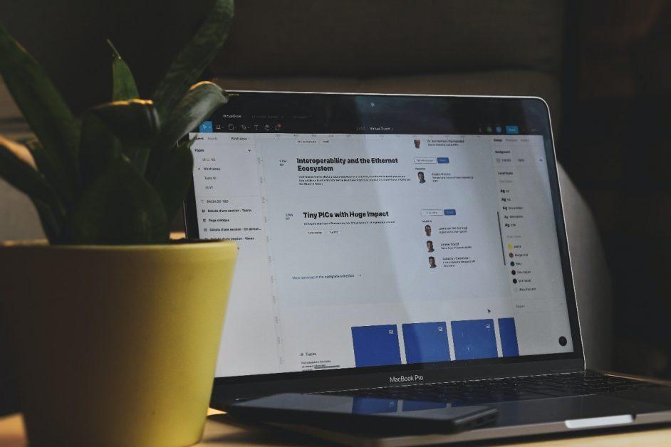 A laptop displays cloud-server access