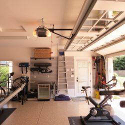 San Francisco Garage fitness center with epoxy floor coating