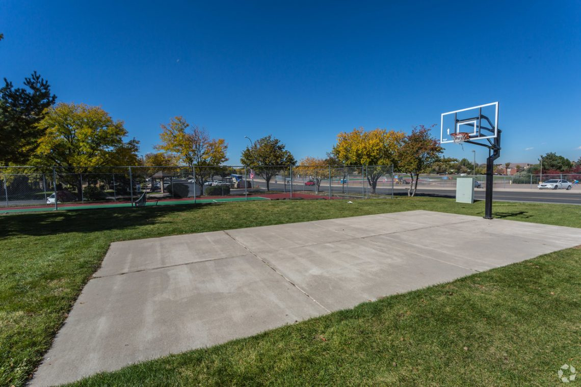 Basketball court at Gateway Place Apartments