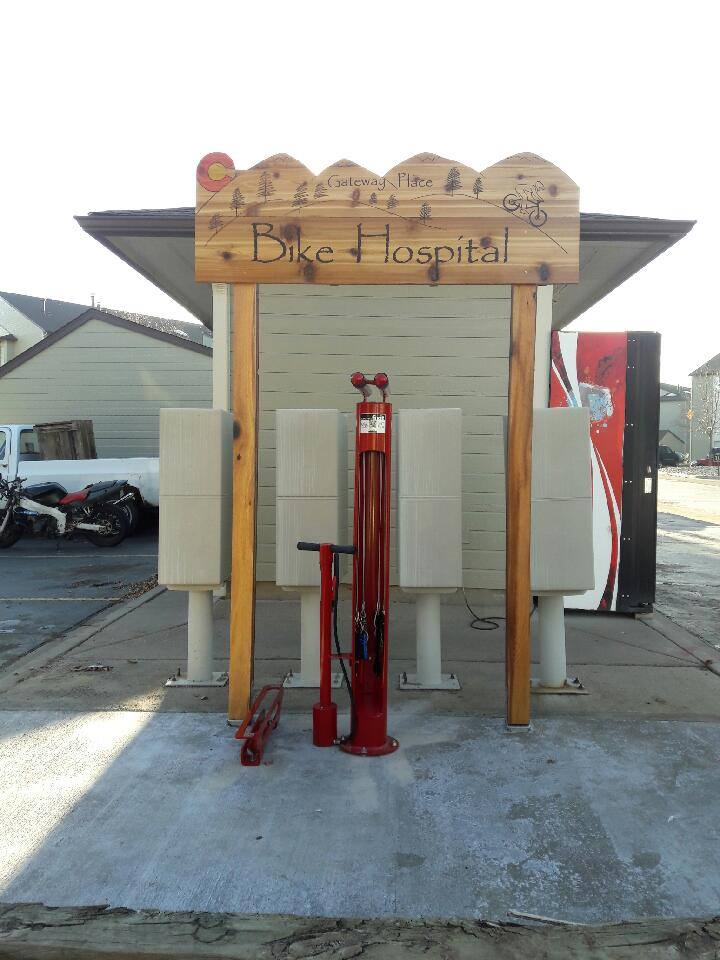 A bike fixing station on the grounds at Gateway Place Apartments