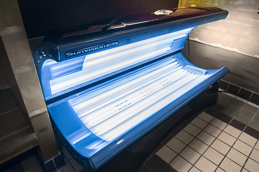 A tanning booth at Gateway Place Apartments