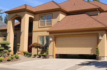 Contemporary style from G&G Garage Door