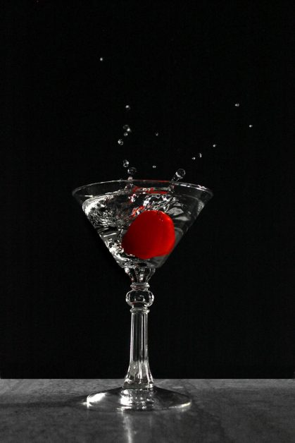 An image of a martini glass.