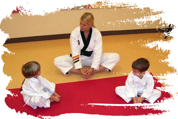 Students learn self-defense techniques at Grandmaster Amy Reed's Black Belt Academy in Stuart, FL.