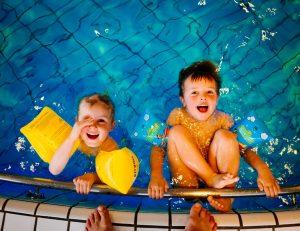 swimming-933217_960_720