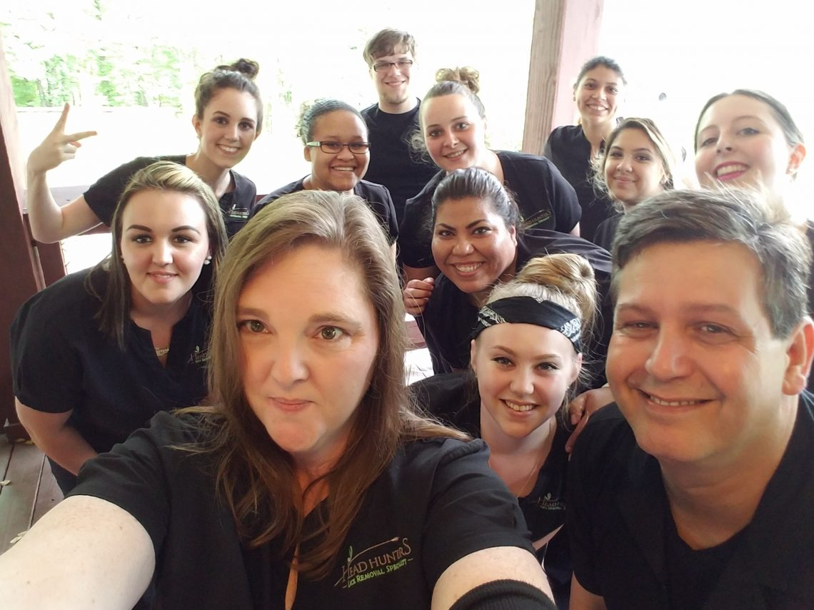 Head Hunters Lice Removal Specialist Team Selfie