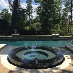 Custom pool with circular wading pool and rectangular swim pool - Hipp Pools