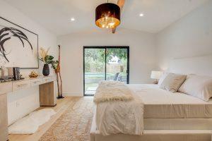 bedroom in earth tones