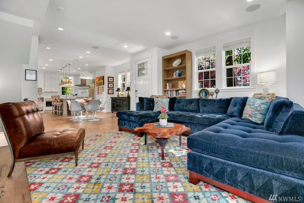 living area with eclectic design