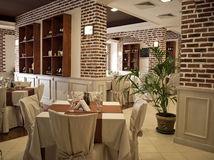 Restaurant Contracting
