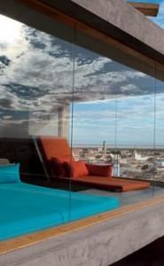24lookout-hotels-slide-SIJ7-jumbo-210x340