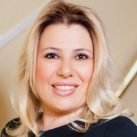 Susan-Polgar-I-Share-Hope