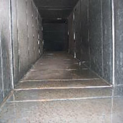 Clean Metal Air Ducts
