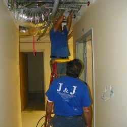 Cleaning Hospital Ductwork