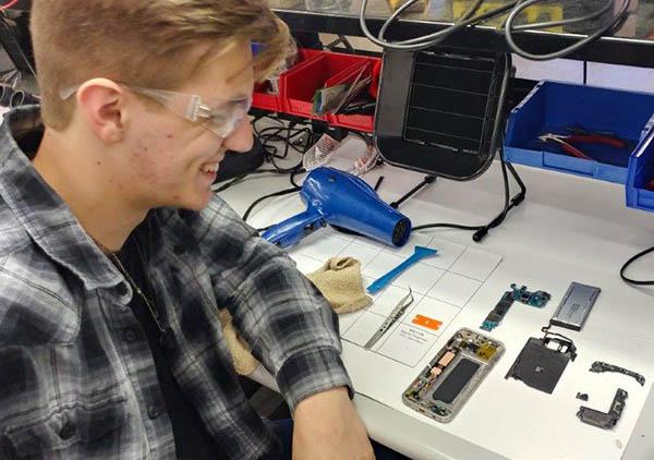 boost mobile phone repair