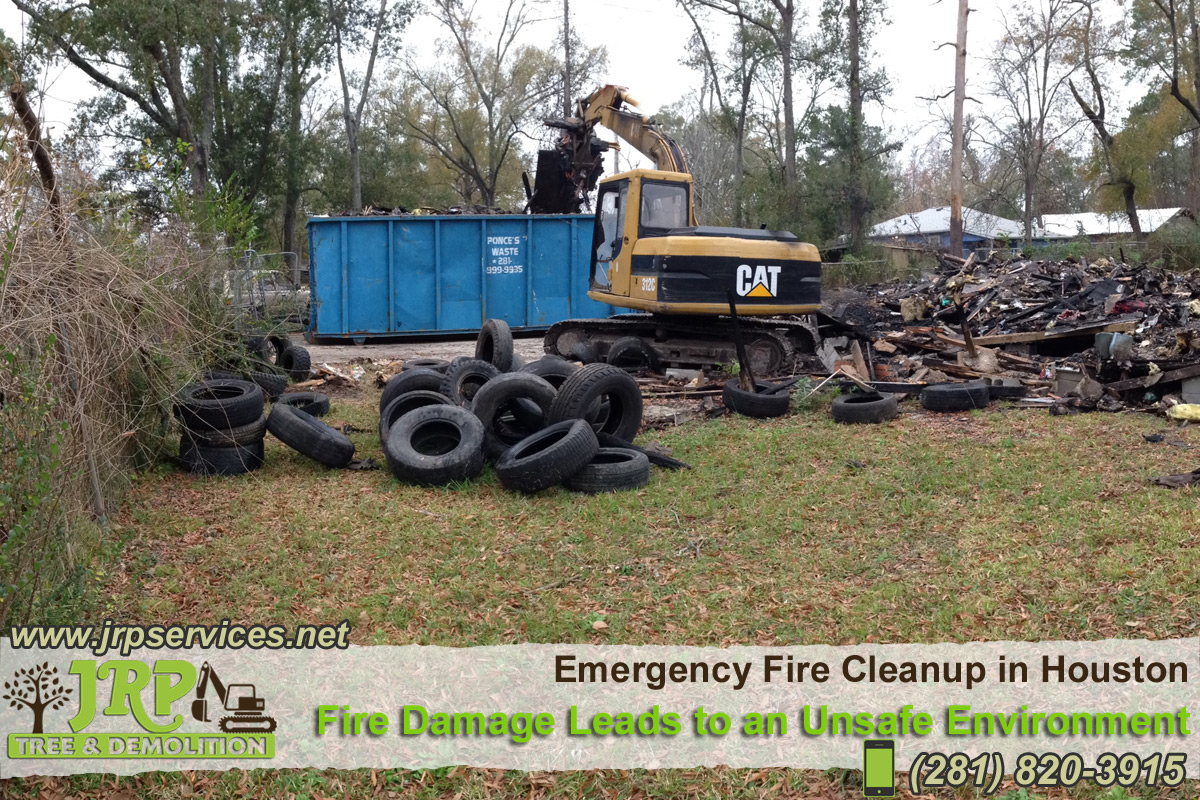 19-Emergency-Fire-Cleanup-in-Houston