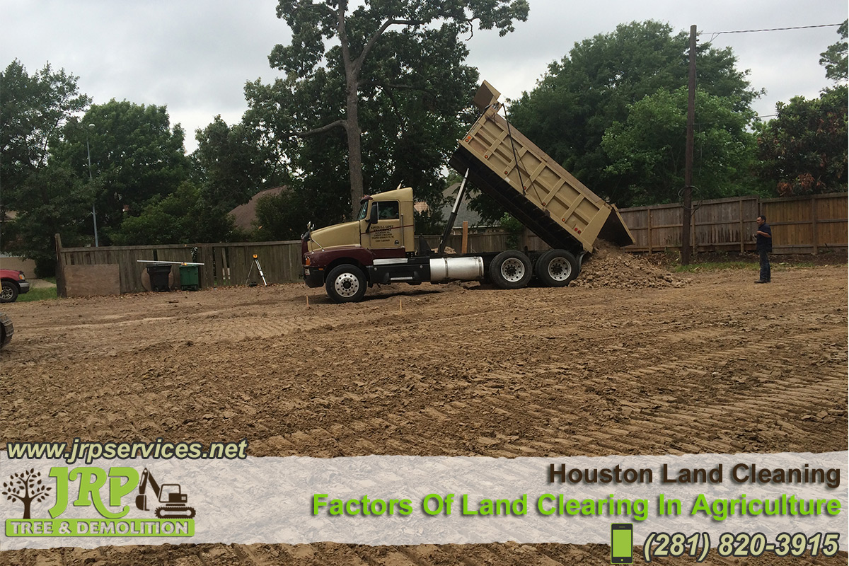 22-Houston-Land-Cleaning