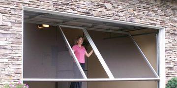 Lift-Up Garage Door Screen