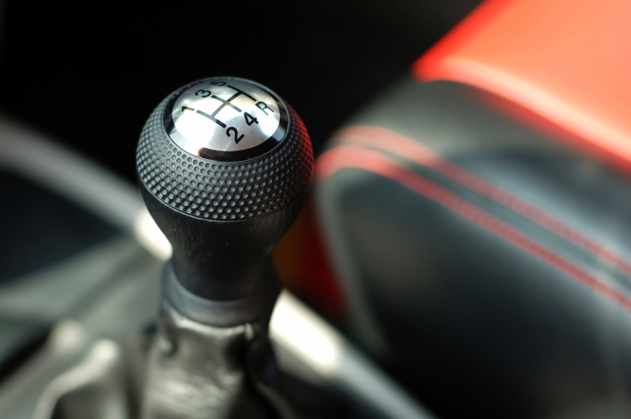 Close up of a manual car shift knob