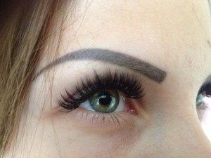 eyebrow threading Dania Beach