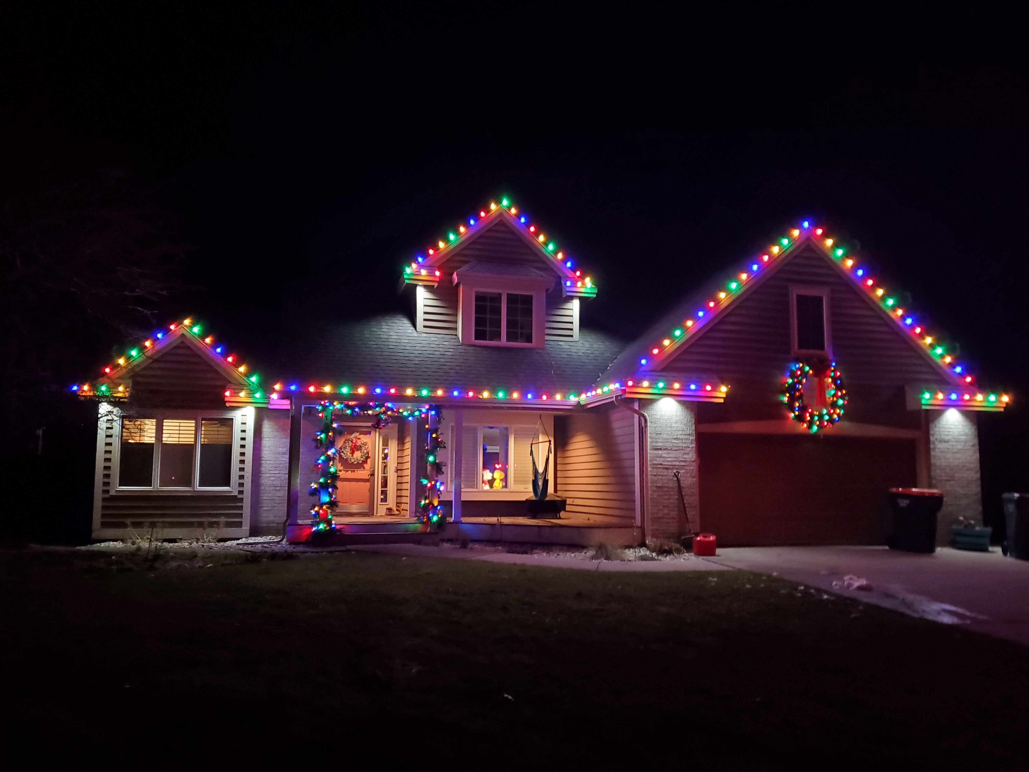 Residential Christmas Lights Near Muskegon Contact Us