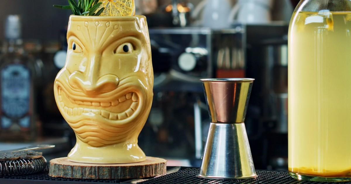 Anchor Inn Tiki Bar & Grille - Seafood - Restaurant - Lake Worth - Lantana - Tiki Lounge