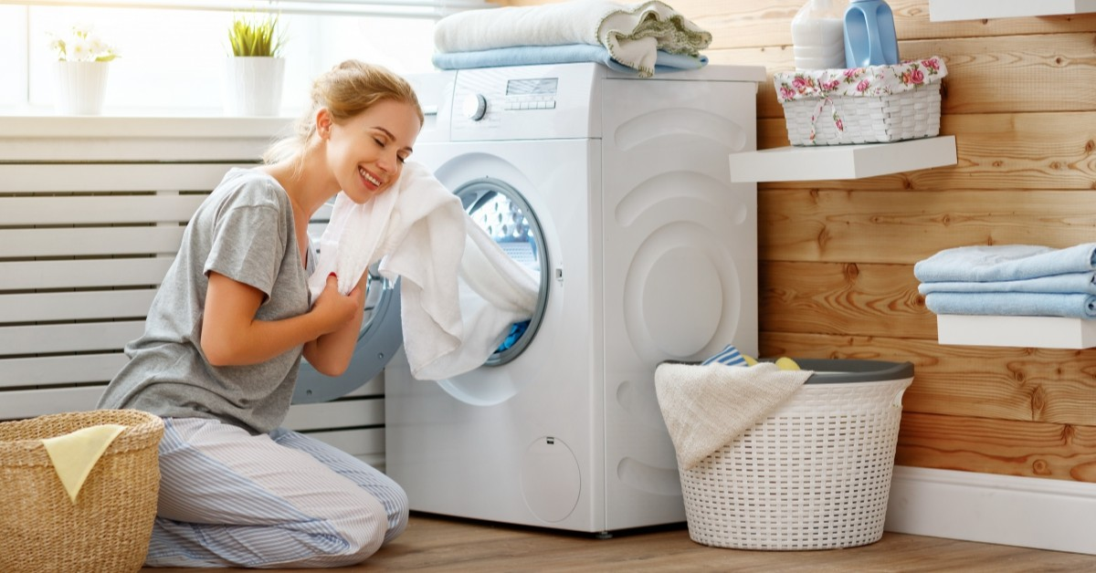 Tips to Remove Tough Stains From Clothes featured image