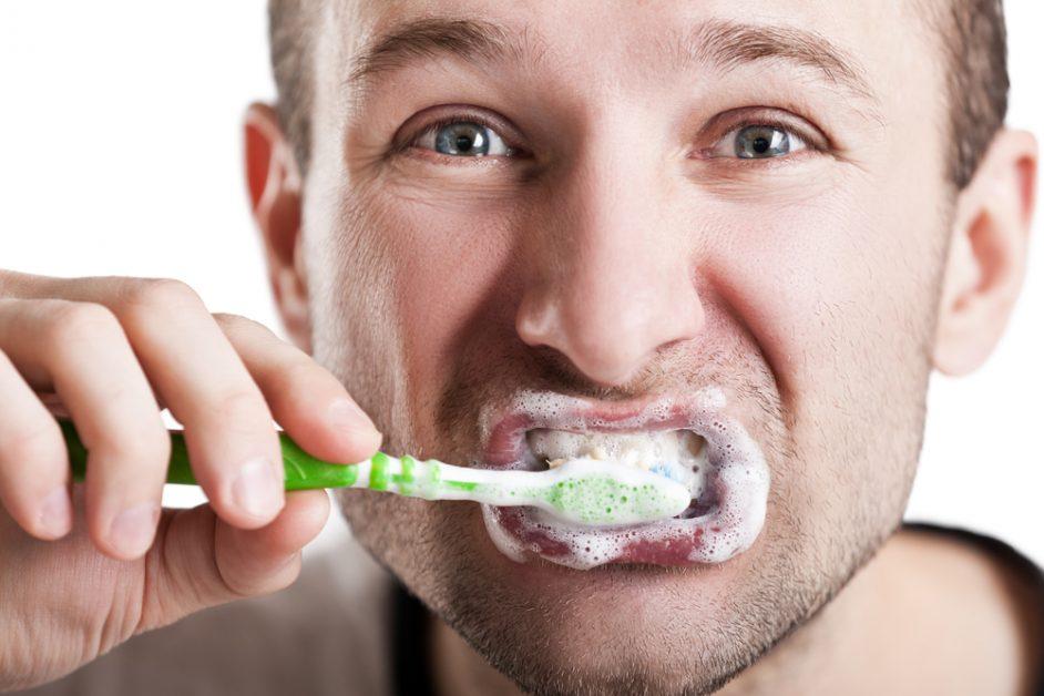 Dental veneers require the same care as normal teeth.