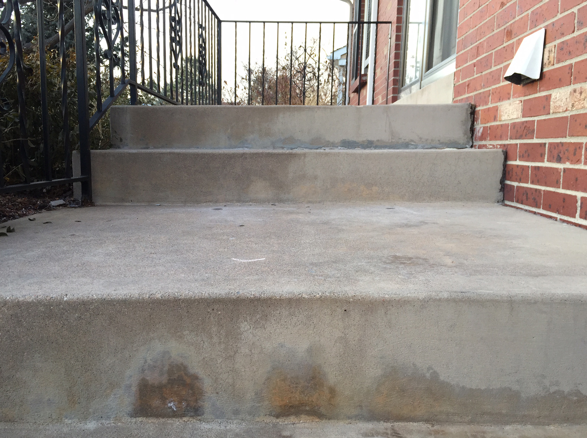 Concrete stairs repaired by concrete contractors at Liftech