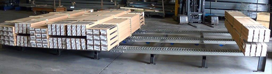 Split roller pallet flow rack with stands