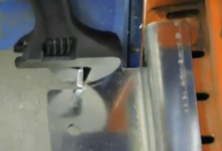 Dyna-Flo Retention Angle Bracket