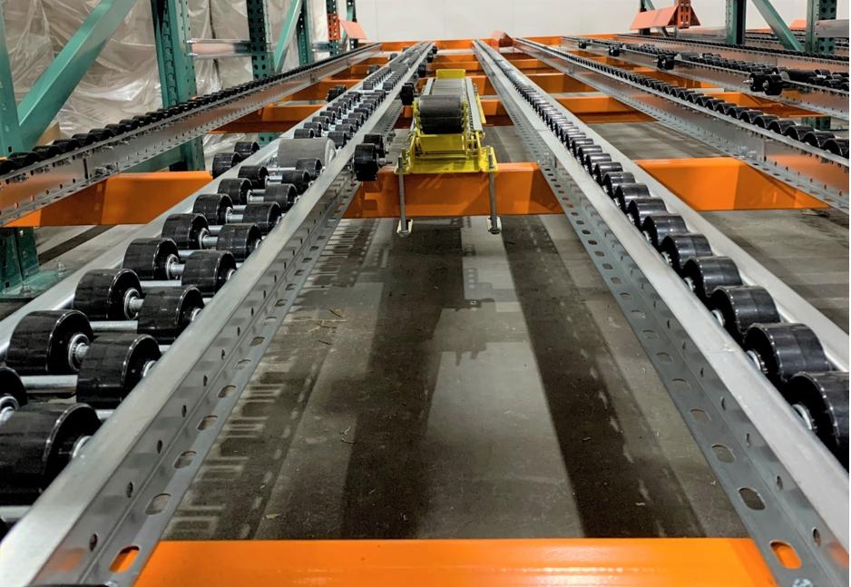 Forklift Separator for Pallet Flow - Mallard Manufacturing