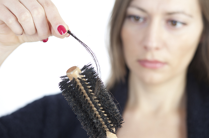 hair-loss-in-brush-700x463