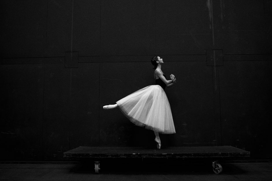 An image of a person performing ballet.