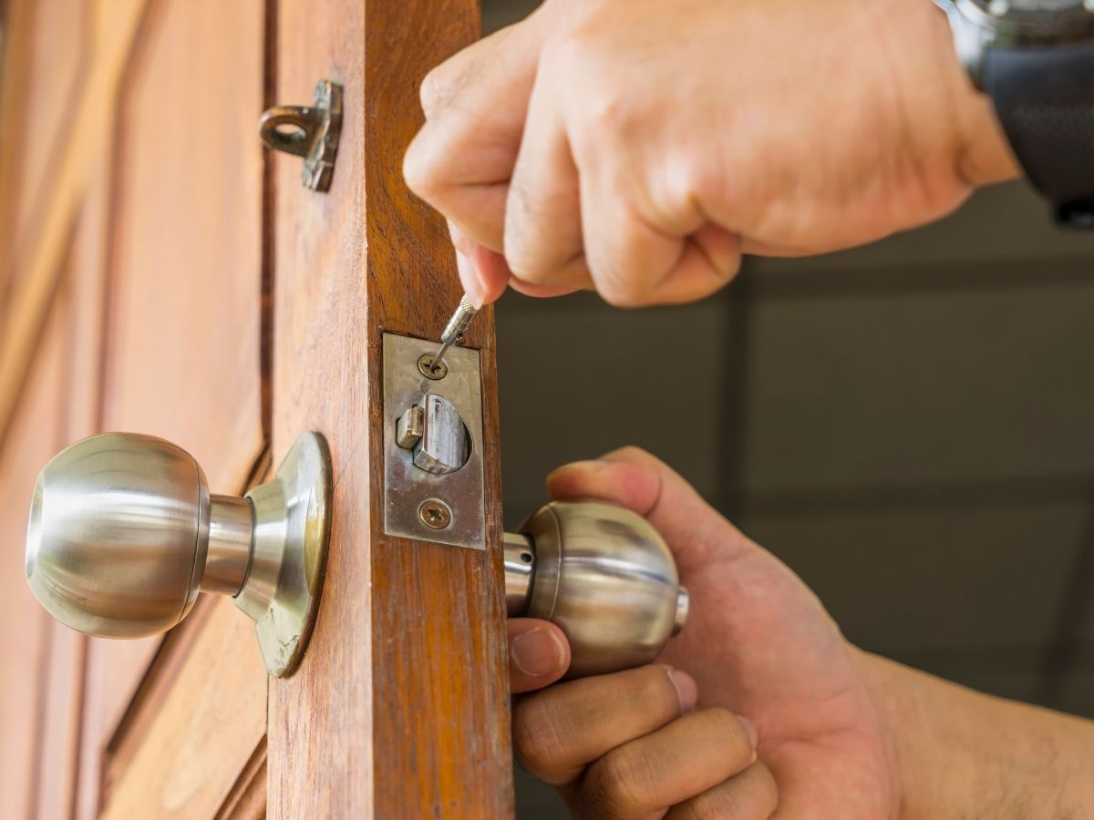 rekeying-services-near-you milwaukee automotive locksmith