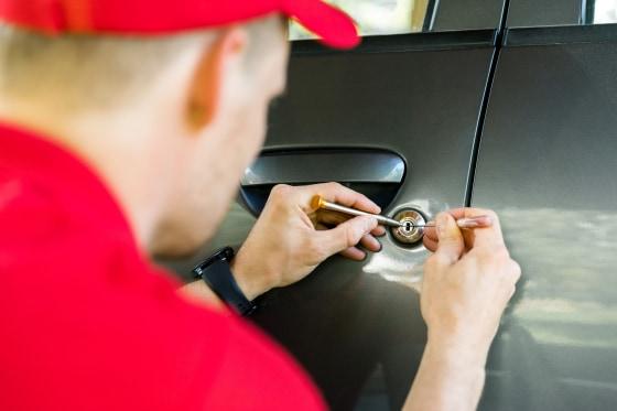 Car locksmith services in the Milwaukee area