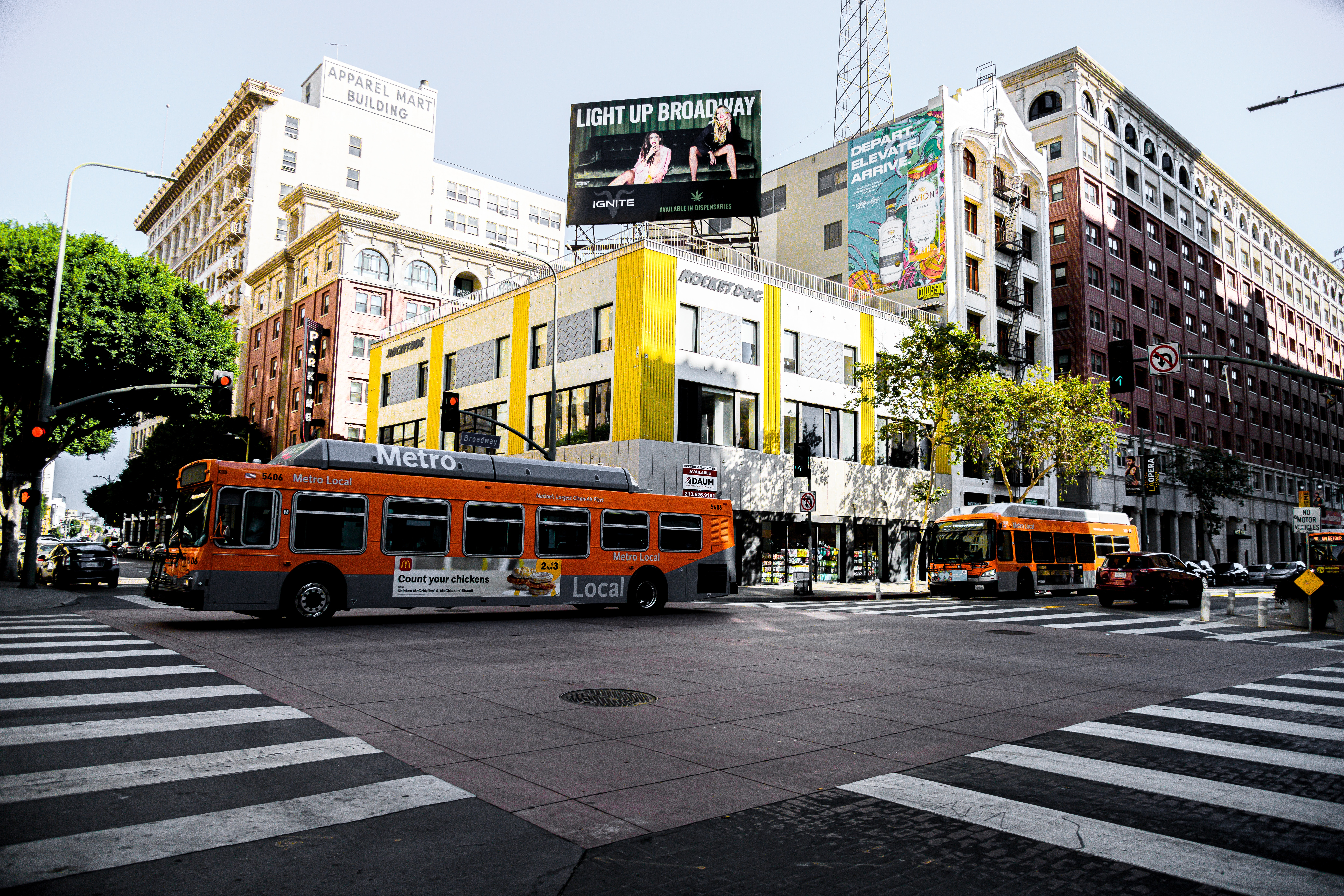 los angeles bus intersection