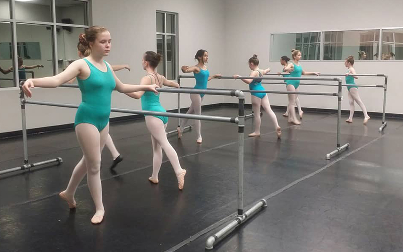 Students at Barre of Move Dance and Fitness