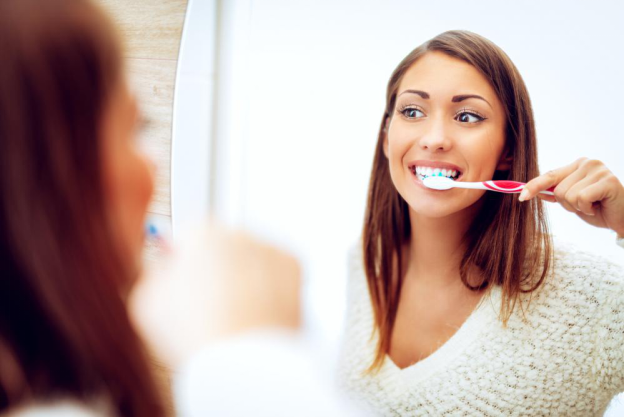 5 Tips to Keep Your Pearly Whites Shining