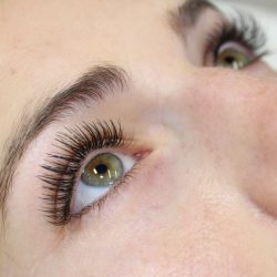 Thick eyelash extensions - Oasis By Plush