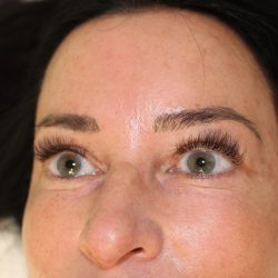 Completed eyelash extensions - Oasis By Plush