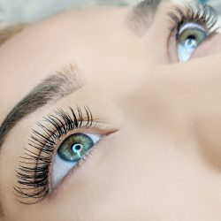 Eyelash extensoins at our salon - Oasis By Plush
