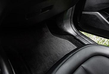 Image of a clean black auto interior.
